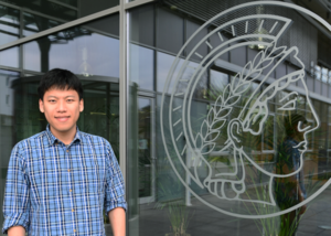 Hyosang Lee receives fellowship from South Korean Government